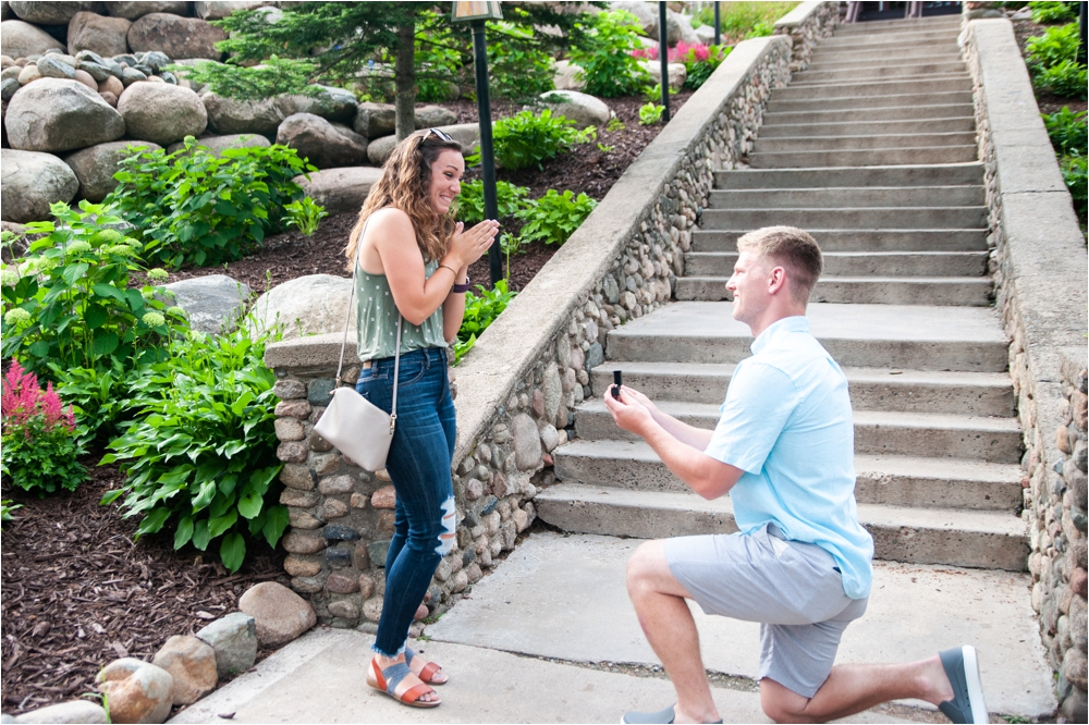 surprise proposal at Grandview lodge