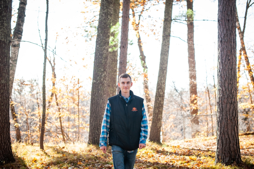 woodsy senior session